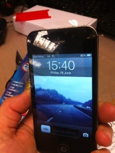 iPhone 4S digitiser displayreplace after