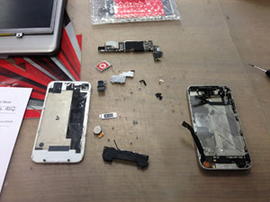 iPhone 4S liquid damage